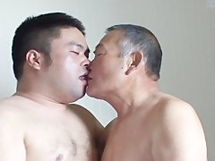 Romantic Sex between daddy And youthful Japanese Bear