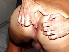 Rocco Brazil Turns Up Tthowdys guy thowdys guyat With Diogo Salomao In Shower