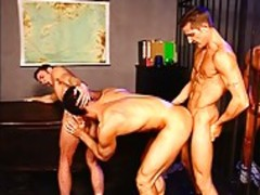 Four gay guys get Each Other Off together