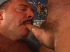 receiveting banged By A huge Bul