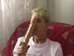Blepaind Blond Hunk sextoy And stroke