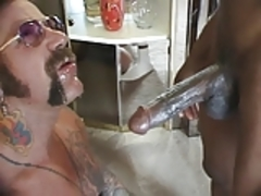 Beefy Musculed Daddy fucked raw