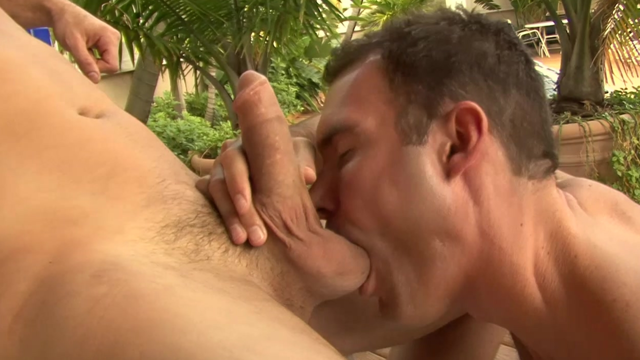 Hunk sucks My cock In The Wind - Factory movie