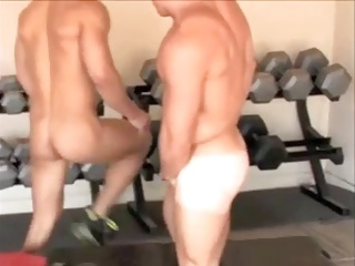 undressed Gym Buddies help Each Other Out