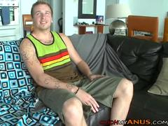 Tattooed Wgreetingste dude Takes A giant black jock