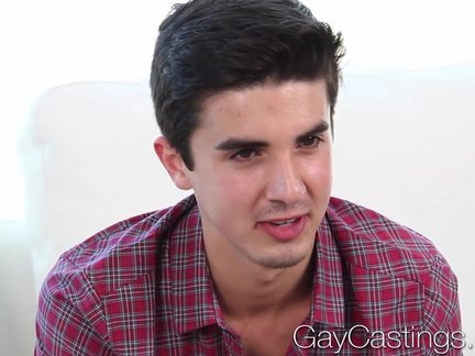 HD - gayCastings dilettante twink Shy First bang