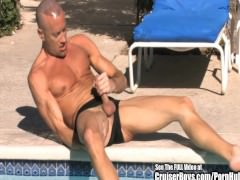 Buff Bramrodie Beats Off By The Pool