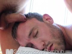 gayRoom unshaved Muscle boy fucked After Oil Mbootyage