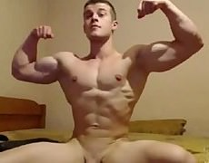hawt cam guy With A perfect analhole . Flexes hellos Muscles And Plays With hellos shlong
