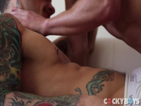 Pierre Fitch bangs Max Carter - Www.homosexual-b