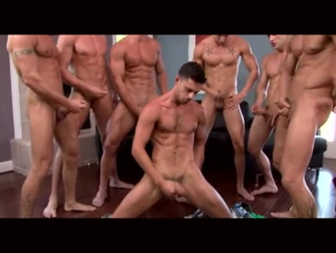 gorgeous orgy [7 men]