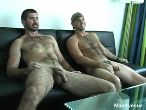 Berke Banks & Girth Brooks suck