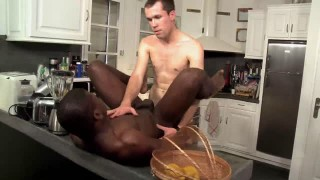 A homosexual Interracial Sex Scene In Tthis chab Kitcthis chabn