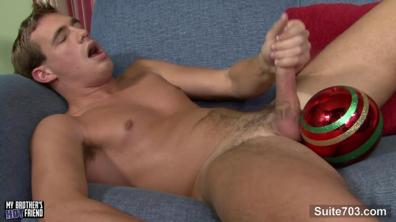 nice-looking homosexual Ryan Raz Masturbating