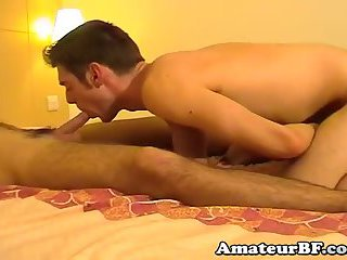 sleazy Hunks blowing & jerking off