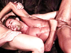 Macho Paul Morgan receives A Beef Injection From Keith Austin
