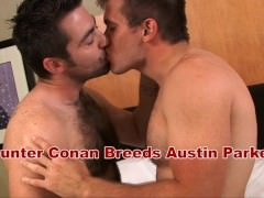 Drake's Hunter Breeds Austin With Creampie