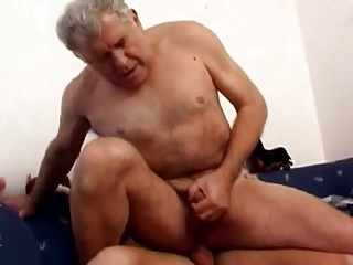 daddy daddy With Younger poke On daybed