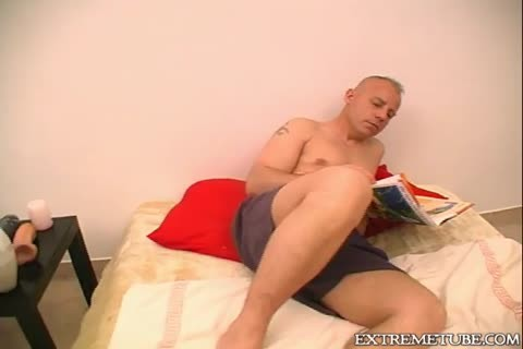 Solo Dilf Male Masturbating - Julia Reaves