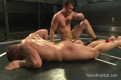 Two young men Wrestle In The nude before pound