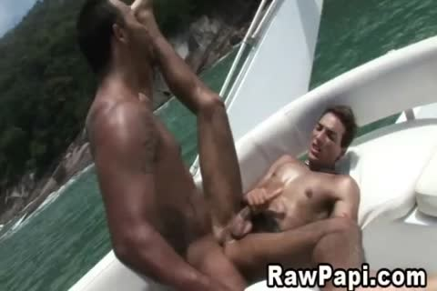 hardcore clip Of Two men banging On A Boat