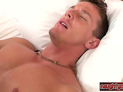 Muscle Cub Homemade spooge In mouth
