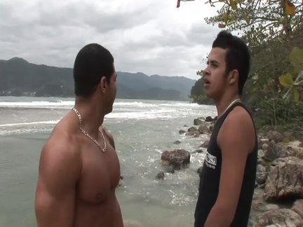bareback Latinos On The Beach