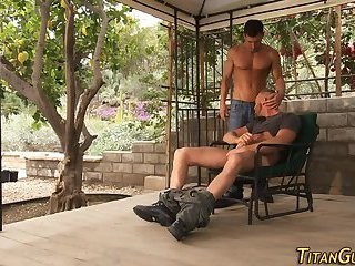 Hunk Jerking enormous 10-Pounder