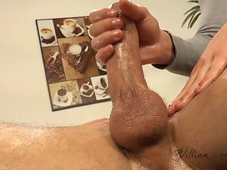 Vilem Tel wazoo Fingered During Massage
