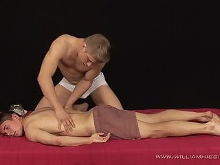 Vilem Posto receives Oily Massage