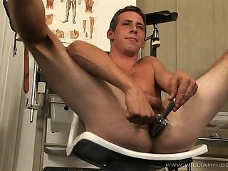 Lukas Feitl Beating Off