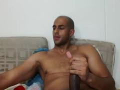Very-Hotx Hunk Jerks Off HugeCock