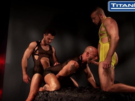 Francois Sagat And Hunter Marx Rubber plow