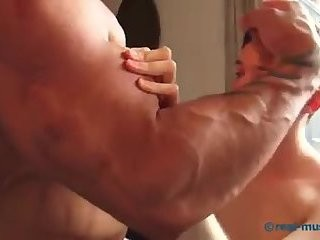 Worship gigantic Muscles Tatoed