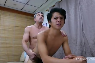 This Boss Wants To get In bed With His recent Worker