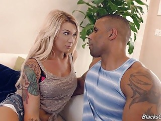 blonde tranny Aubrey Kate acquires drilled By A darksome chap