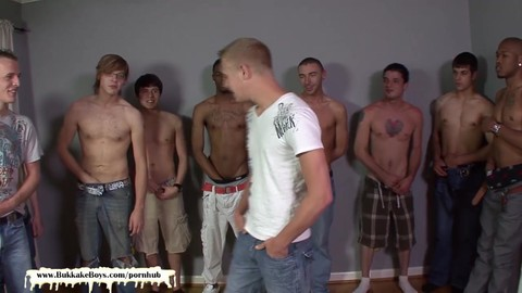 Getting His Boyfriend Shared With plenty of wild boyz - Bukkake boyz