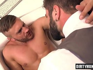 Muscle homosexual butthole job With cumshot