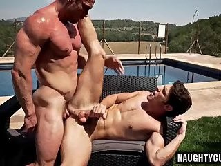 big 10-Pounder Bodybuilder a-hole stab With cumshot