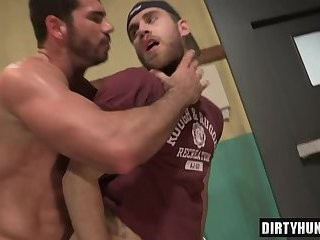 Muscle Wolf anal sex And sperm flow