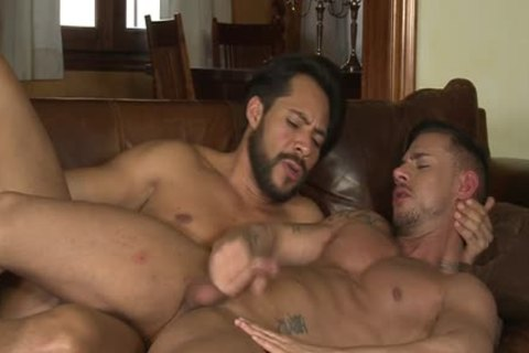 Latin Son oral sex stimulation And cumshot