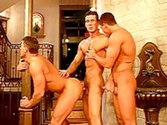 Leslie manzel enjoys Sharing his dick With Two Hung guys