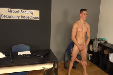 Petr And Peter raw - AIRPORT SECURITY