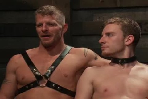 Jeremy Stevens is recent to bdsm and wants to learn how to dominate. Jeremy trains with Sebastian Keys, an obedient bondman who can follow orders and