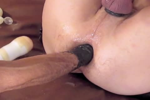 And This Is too Reunion Part three.(with The Other Parts On Brian's Page) A dildo And Brian's Fist Brings Me To another agonorgasmos During A Great S