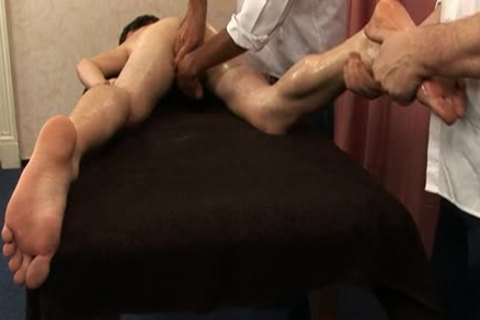 Mirek Treskal Oily Massage