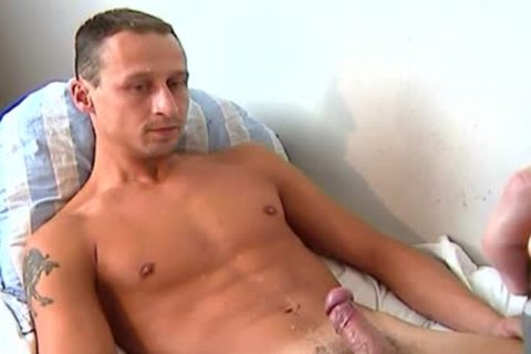 Delivery lad acquires Wanked His gigantic dick By A Client!' Data-max=