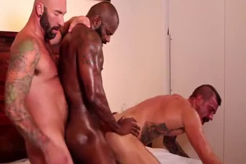 Interracial bare 3some – ramrod Beck
