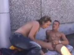 nakedback banging a hawt blonde on a roof top