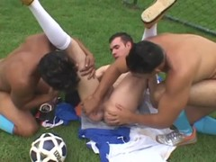 Latino athletes have stripedback trio o ...